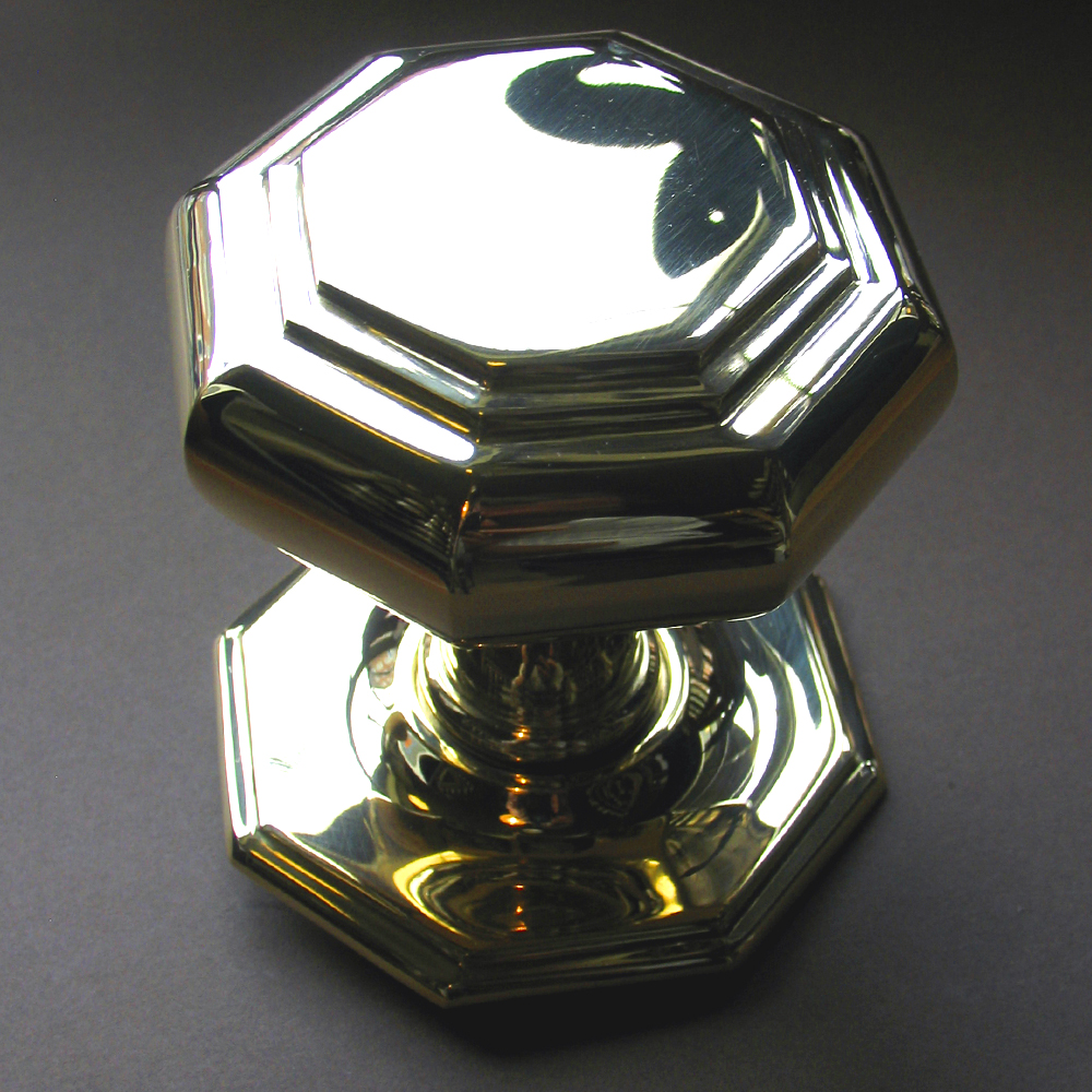 Knob, Large Flat Octagonal Brass Centre Door